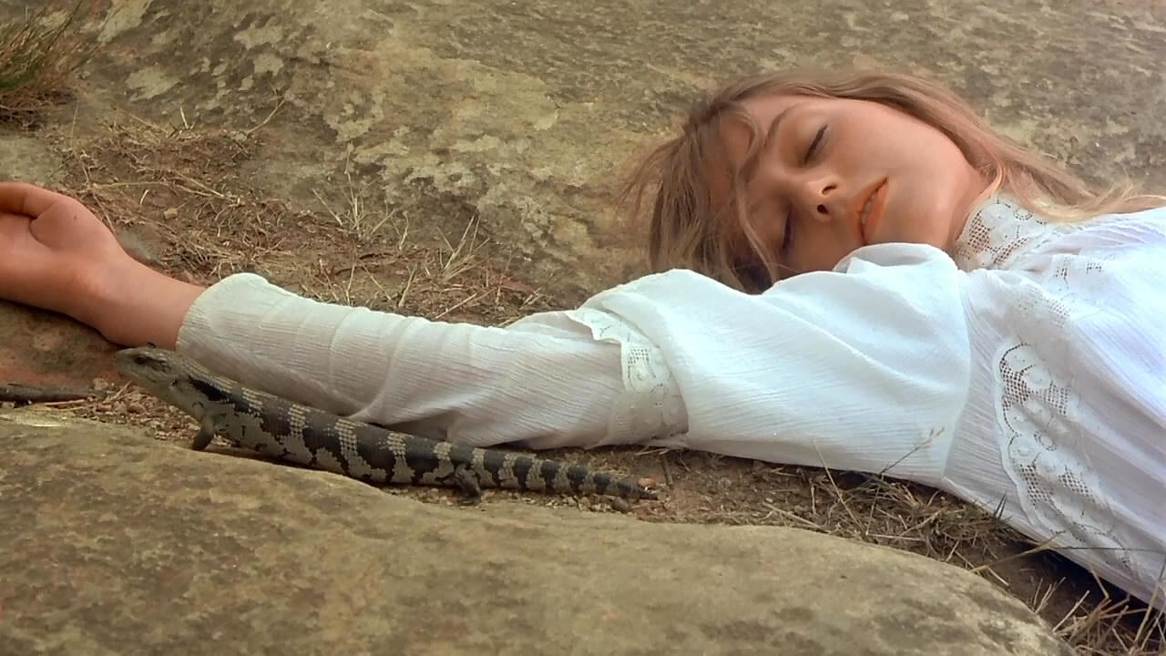 Picnic.At.Hanging.Rock.1975.720p.BluRay (11)