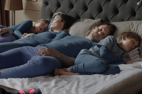 A brief moment of family harmony in Ruben Östlund's frosty Force Majeure